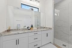 021_guest_bathroom