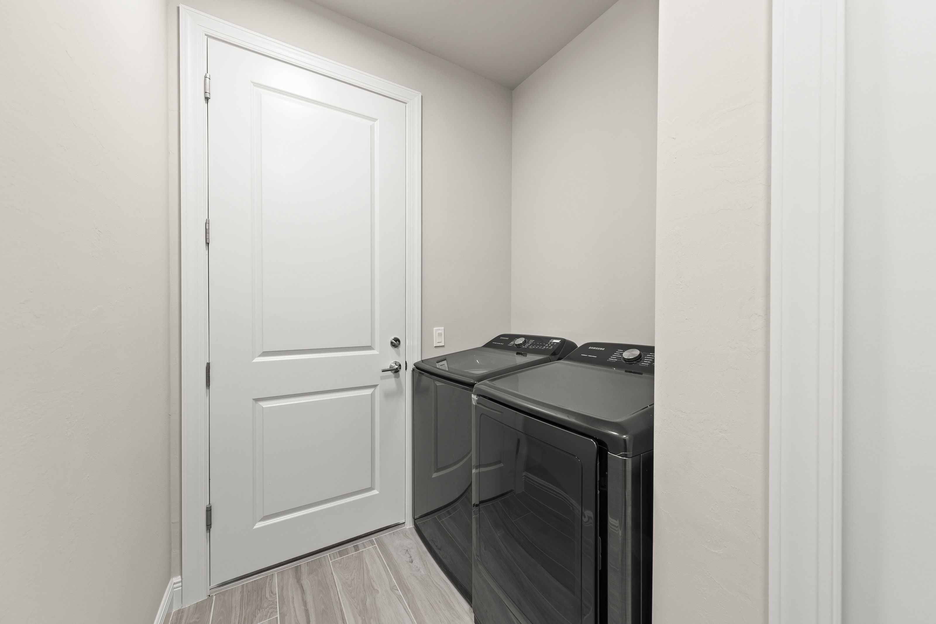 027_laundry_room