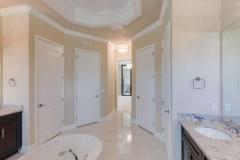 Master-Bathroom (5)